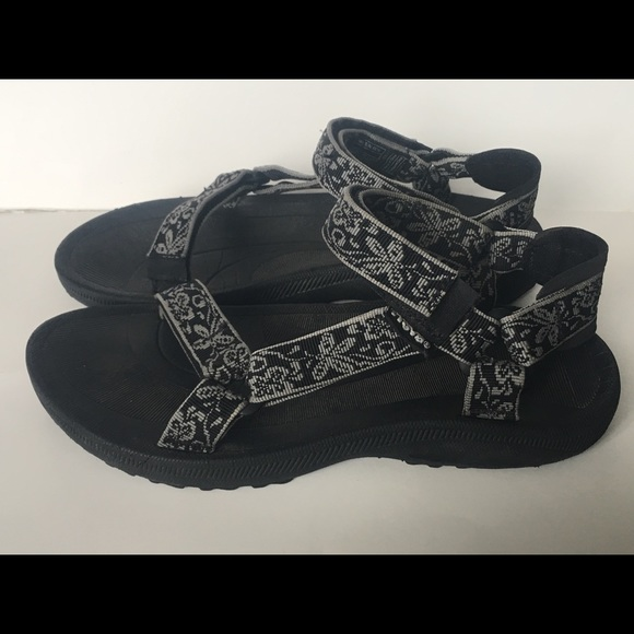 0bf7f40ff60 Teva Shoes - Teva Sandals Women s Size 9